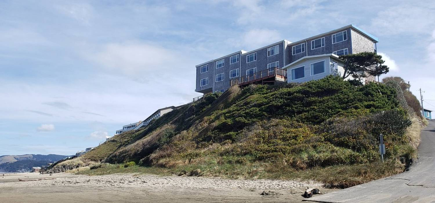 WELCOME TO SEAGULL BEACHFRONT INN LOCATED IN BEAUTIFUL LINCOLN CITY, OREGON