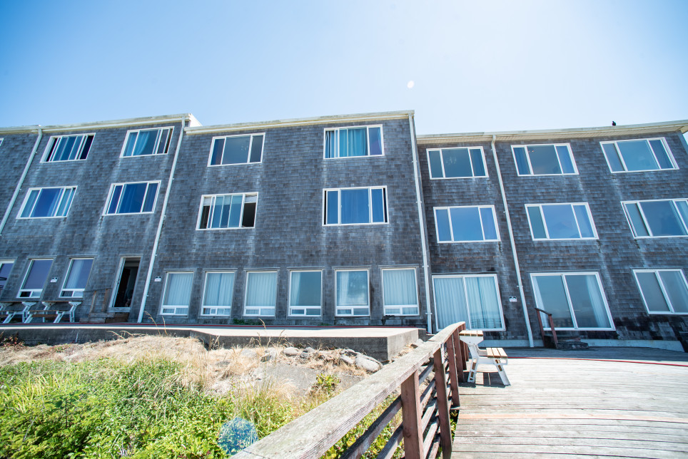 REJUVENATE YOURSELF IN THE HEART OF LINCOLN CITY, WITH A STAY AT SEAGULL INN