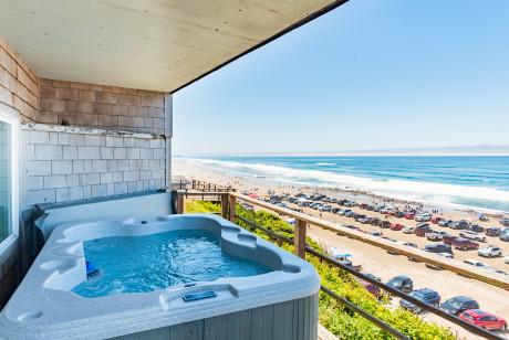 Seagull Inn - Beach view